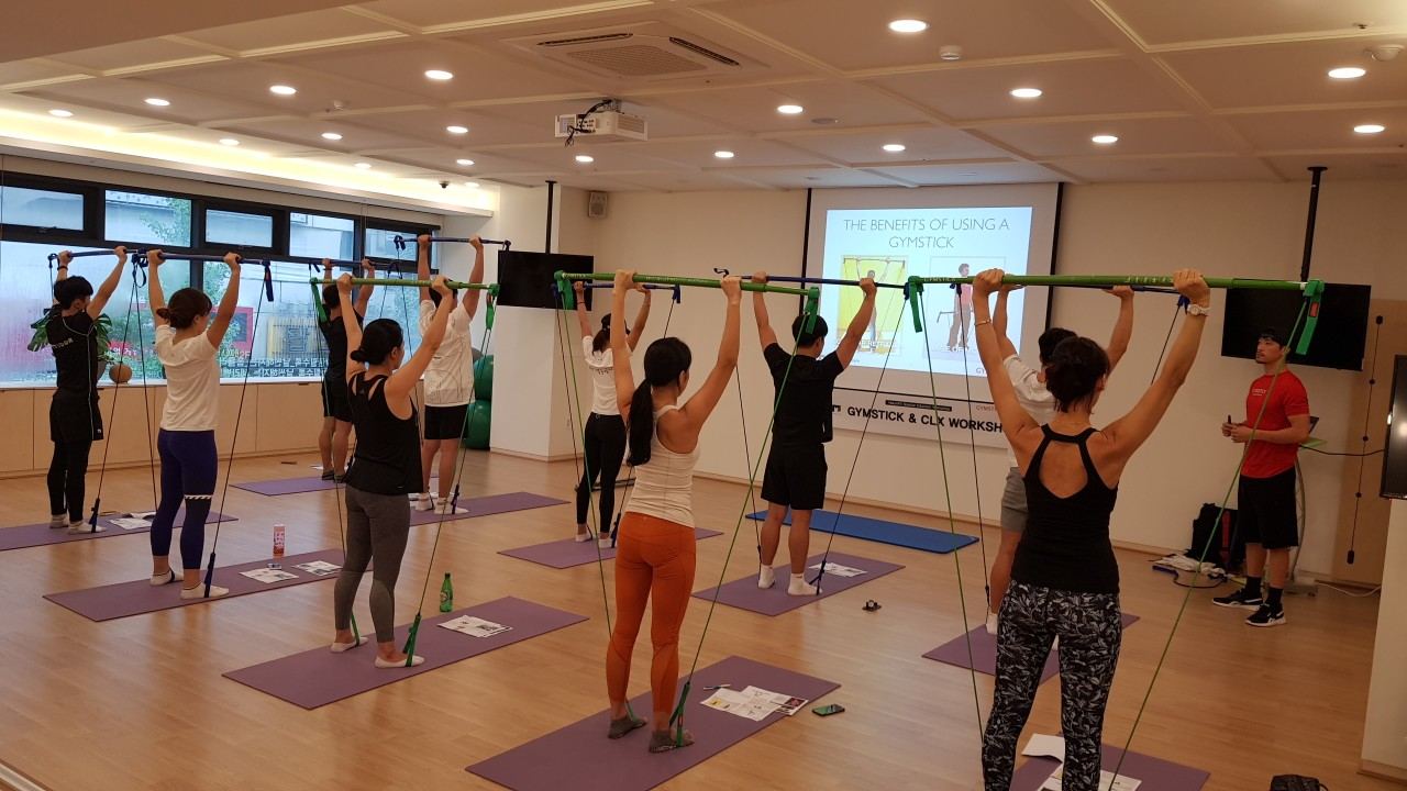 THERA-BAND CLX  & GYMSTICK Workshop